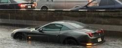 ขับรถลุยน้ำท่วมอย่างไรให้ไม่เดี้ยง